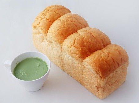 bread-1447647_640